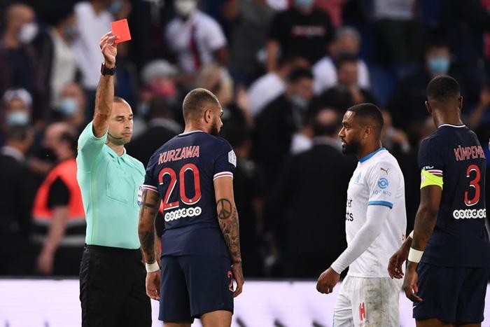 Đấm lén đối thủ trong lúc lộn xộn, Neymar nằm trong số 5 cầu thủ bị đuổi khỏi sân ở trận đấu nóng bậc nhất thế giới - ảnh 6