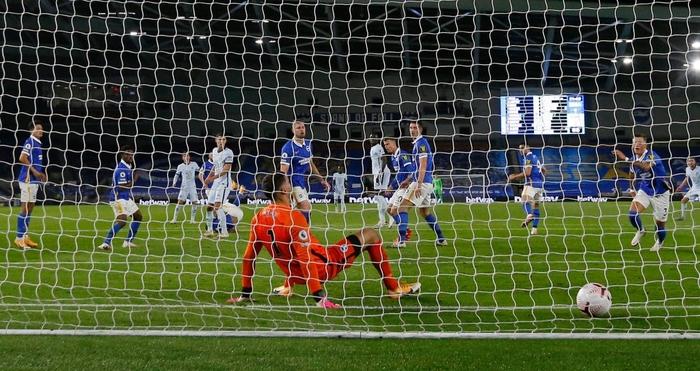 Tân binh bom tấn mờ nhạt, Chelsea vẫn giành trọn vẹn 3 điểm ở trận ra quân Ngoại hạng Anh - ảnh 6