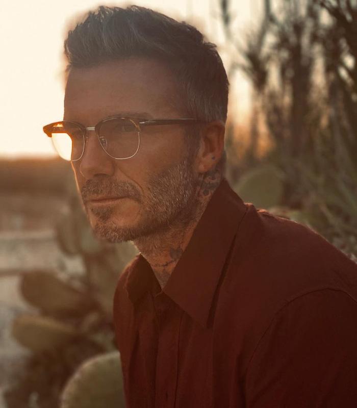 """Đăng ảnh ở tuổi 45 do chính cậu cả Brooklyn chụp, David Beckham khiến các fan """"điên đảo"""" vì vẻ nam tính khó cưỡng - Ảnh 1."""