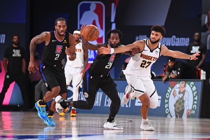 """""""Bay màu"""" trước Denver Nuggets ở game 7, Los Angeles Clippers ê chề rời khỏi NBA Playoffs 2020 - Ảnh 1."""