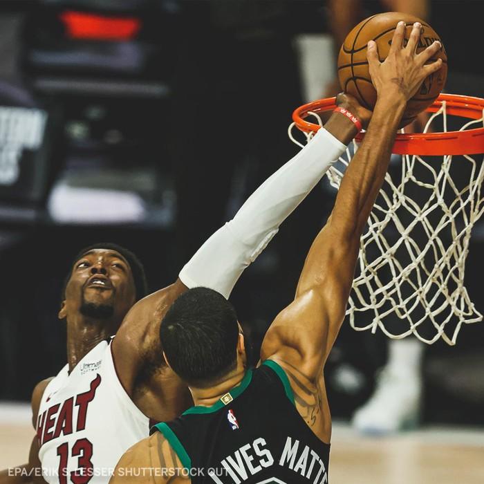 """Tổng hợp các góc quay tình huống chặn bóng """"đỉnh nhất"""" loạt Playoffs NBA 2020 của Bam Adebayo - Ảnh 1."""