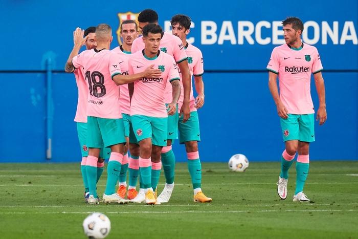 Trong bộ trang phục nấm lùn, Messi lập siêu phẩm theo cách ít thấy - Ảnh 6.