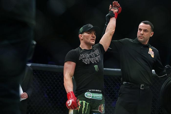 Michael Chandler chính thức ký hợp đồng cùng UFC, trở thành phương án dự phòng cho trận Khabib vs Gaethje - Ảnh 1.