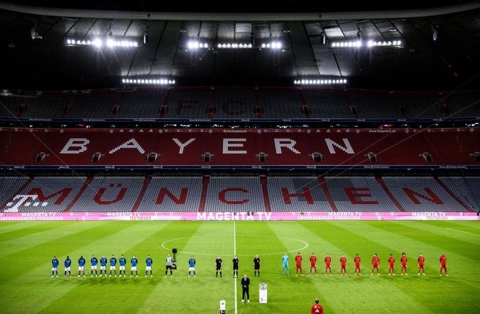 Nhà vô địch châu Âu tái hiện chiến thắng kinh hoàng 8 bàn trước Barcelona trong trận khai màn Bundesliga - Ảnh 1.