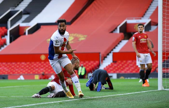 Cú sốc đầu tiên ở Ngoại hạng Anh 2020/2021: MU thua thảm ngay trên sân nhà bởi người cũ - ảnh 3