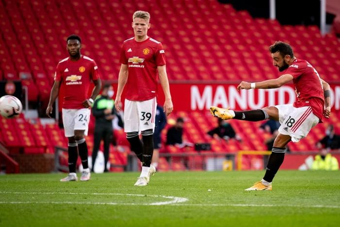 Cú sốc đầu tiên ở Ngoại hạng Anh 2020/2021: MU thua thảm ngay trên sân nhà bởi người cũ - ảnh 4