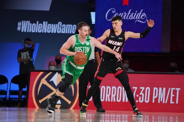 Bất ngờ thay đổi kế hoạch, ngôi sao của Boston Celtics ở lại khu cách ly để chiến đấu cùng đội bóng - Ảnh 3.