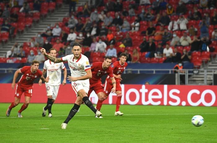 Bayern Munich giành Siêu cúp châu Âu nhờ bàn thắng vàng ở hiệp phụ - Ảnh 4.