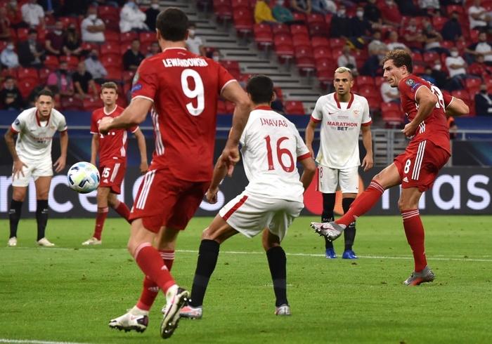 Bayern Munich giành Siêu cúp châu Âu nhờ bàn thắng vàng ở hiệp phụ - Ảnh 6.