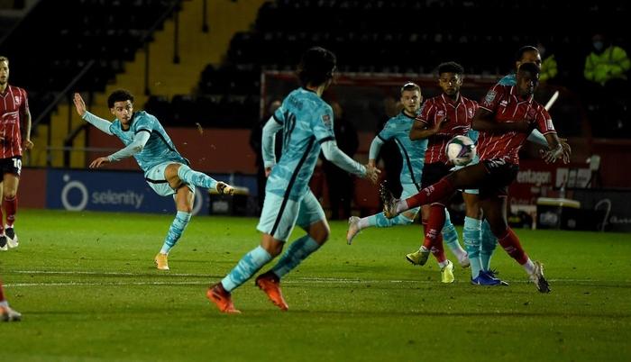 Đối thủ cũ của Công Phượng lập cú đúp giúp Liverpool đại thắng 7-2 ở cúp Liên đoàn Anh - Ảnh 6.