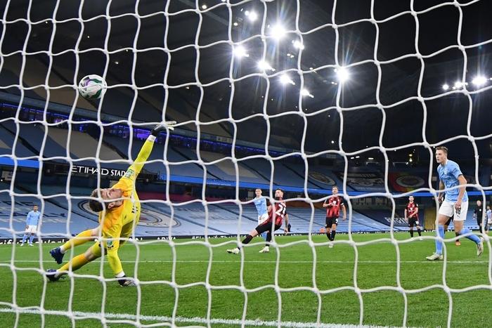 Đối thủ cũ của Công Phượng lập cú đúp giúp Liverpool đại thắng 7-2 ở cúp Liên đoàn Anh - Ảnh 8.