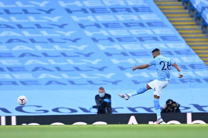 Cú sốc ở vòng 3 Ngoại hạng Anh: Ứng viên vô địch Man City thua thảm 2-5 ngay trên sân nhà - Ảnh 3.