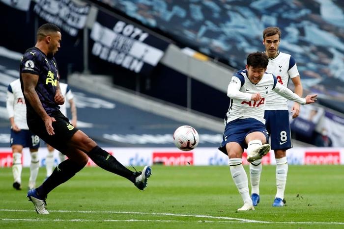 Son Heung-min chấn thương, Tottenham chia điểm đầy đau đớn trước đối thủ yếu hơn - Ảnh 1.
