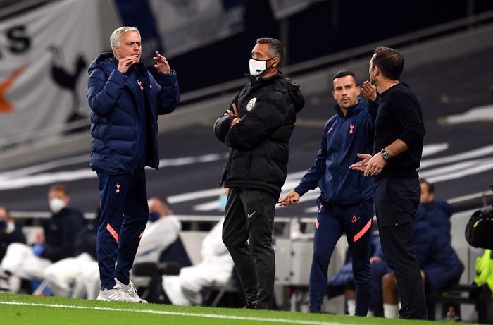 Mourinho cho tất cả ăn thịt lừa, Tottenham thắng kịch tính Chelsea để vào tứ kết cúp Liên đoàn Anh - ảnh 3