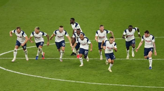 Mourinho cho tất cả ăn thịt lừa, Tottenham thắng kịch tính Chelsea để vào tứ kết cúp Liên đoàn Anh - ảnh 9