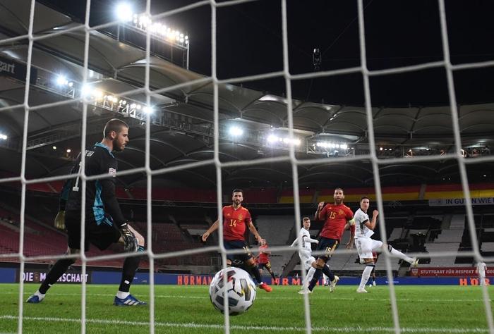 Tuyển Đức nhận bàn thua đúng phút bù giờ cuối, tiếc nuối để Tây Ban Nha cầm hòa - Ảnh 5.