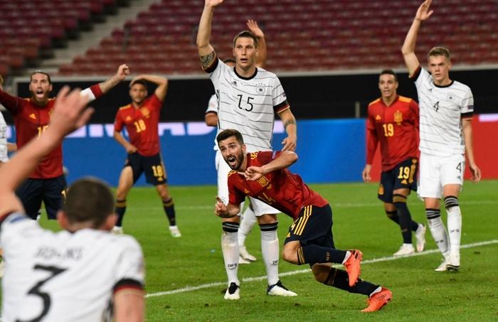 Tuyển Đức nhận bàn thua đúng phút bù giờ cuối, tiếc nuối để Tây Ban Nha cầm hòa - Ảnh 7.