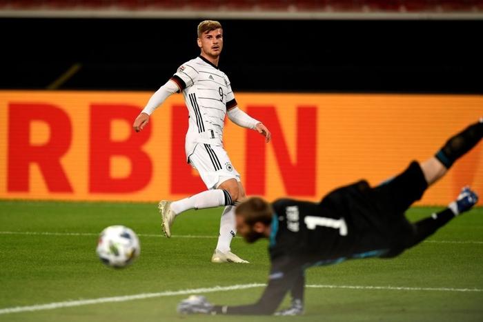 Tuyển Đức nhận bàn thua đúng phút bù giờ cuối, tiếc nuối để Tây Ban Nha cầm hòa - Ảnh 6.