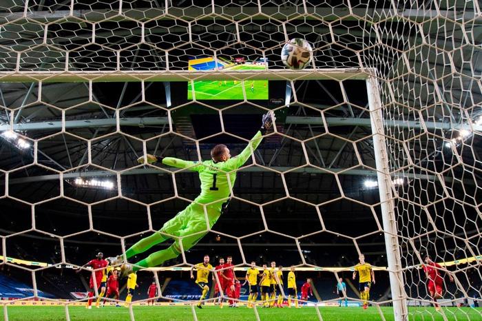 Ronaldo ghi cú đúp siêu phẩm, chính thức lập cột mốc bàn thắng vô tiền khoáng hậu - Ảnh 5.