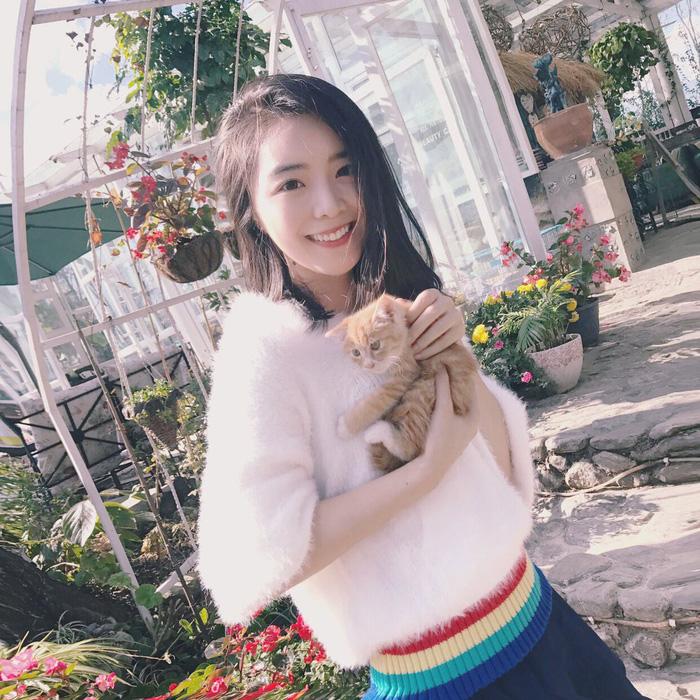 Cô nàng MC xinh đẹp của LPL tự tin Trung Quốc sẽ giành chức vô địch trên đất Hàn Quốc - Ảnh 2.