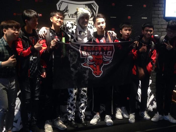 Điểm tin Esports 12/10: Vượt qua những cái tên hàng đầu, Divine Esports xuất sắc giành top 1 đầu tiên tại giải đấu 100.000 USD - Ảnh 2.