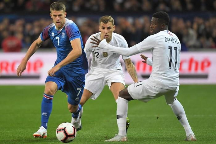 Nhà vô địch thế giới Pháp thoát thua hú vía nhờ bàn thắng phút 90 của Mbappe - Ảnh 1.