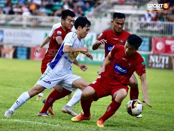 Xuân Trường trở lại với nhiều dấu ấn, HAGL chia điểm Hải Phòng trong trận đấu cuối cùng trên sân nhà - Ảnh 3.