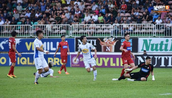 Xuân Trường trở lại với nhiều dấu ấn, HAGL chia điểm Hải Phòng trong trận đấu cuối cùng trên sân nhà - Ảnh 7.
