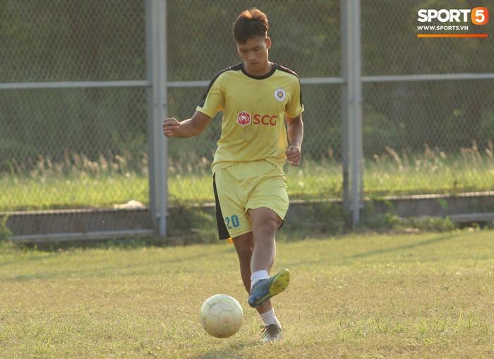 Cầu thủ Hà Nội B không được chuyển giao hoàn toàn cho Hà Tĩnh - Ảnh 4.