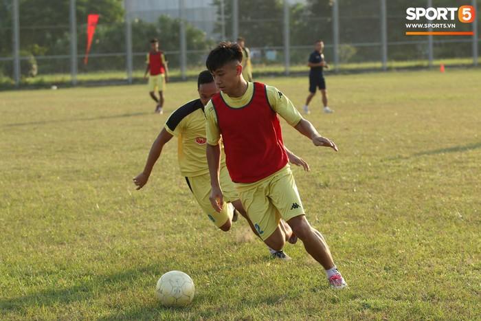 Cầu thủ Hà Nội B không được chuyển giao hoàn toàn cho Hà Tĩnh - Ảnh 5.