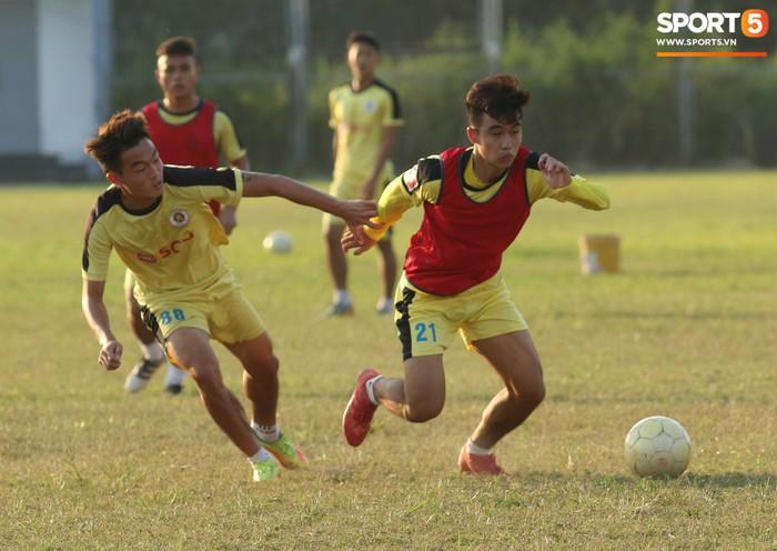 Cầu thủ Hà Nội B không được chuyển giao hoàn toàn cho Hà Tĩnh - Ảnh 6.