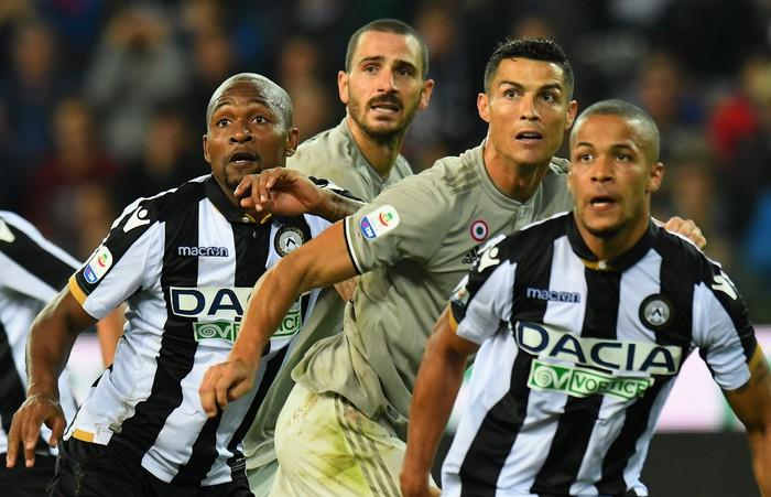 Quay cuồng trong nghi án, Ronaldo vẫn lập công giúp Juve chiến thắng - Ảnh 1.
