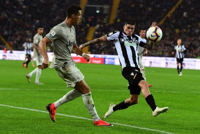 Quay cuồng trong nghi án, Ronaldo vẫn lập công giúp Juve chiến thắng - Ảnh 2.