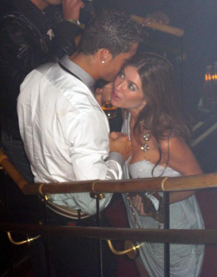 Nóng: Ronaldo tiếp tục bị 3 phụ nữ buộc tội cưỡng bức và gây thương tích - Ảnh 1.