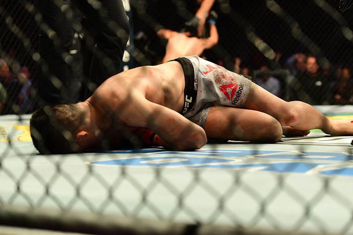Võ sĩ Hàn Quốc thua đau ở giây cuối trong màn so tài hay bậc nhất lịch sử UFC - Ảnh 8.
