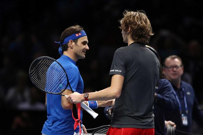 Bị la ó sau khi hạ gục Federer, tài năng trẻ nghẹn ngào nói lời xin lỗi - Ảnh 8.