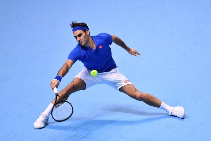 Bị la ó sau khi hạ gục Federer, tài năng trẻ nghẹn ngào nói lời xin lỗi - Ảnh 6.