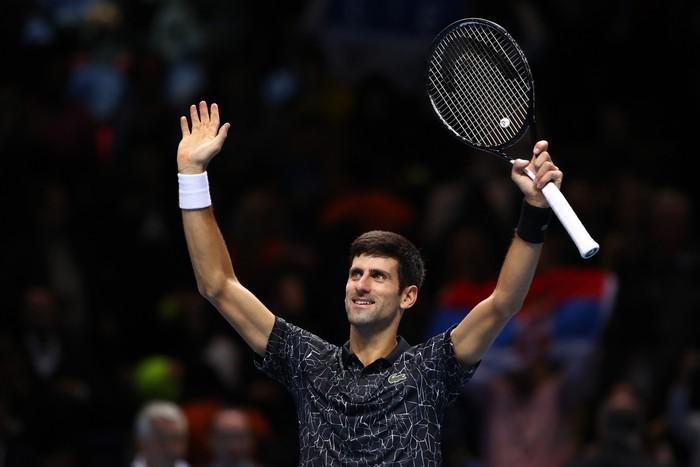 Bị la ó sau khi hạ gục Federer, tài năng trẻ nghẹn ngào nói lời xin lỗi - Ảnh 11.