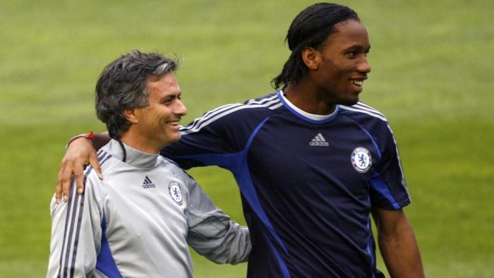 Nếu dẫn dắt Man City, Mourinho đã dành 3 chức vô địch Ngoại hạng Anh