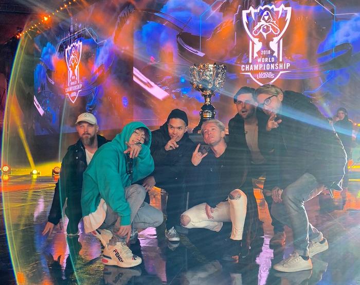 Hủy diệt Fnatic, Invictus Gaming chính thức trở thành đội tuyển Trung Quốc đầu tiên vô địch CKTG LMHT - Ảnh 26.