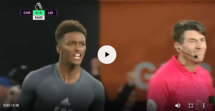 Cầu thủ Leicester bàng hoàng vì bị trừng phạt sau khi cởi áo tri ân ông Vichai - Ảnh 7.