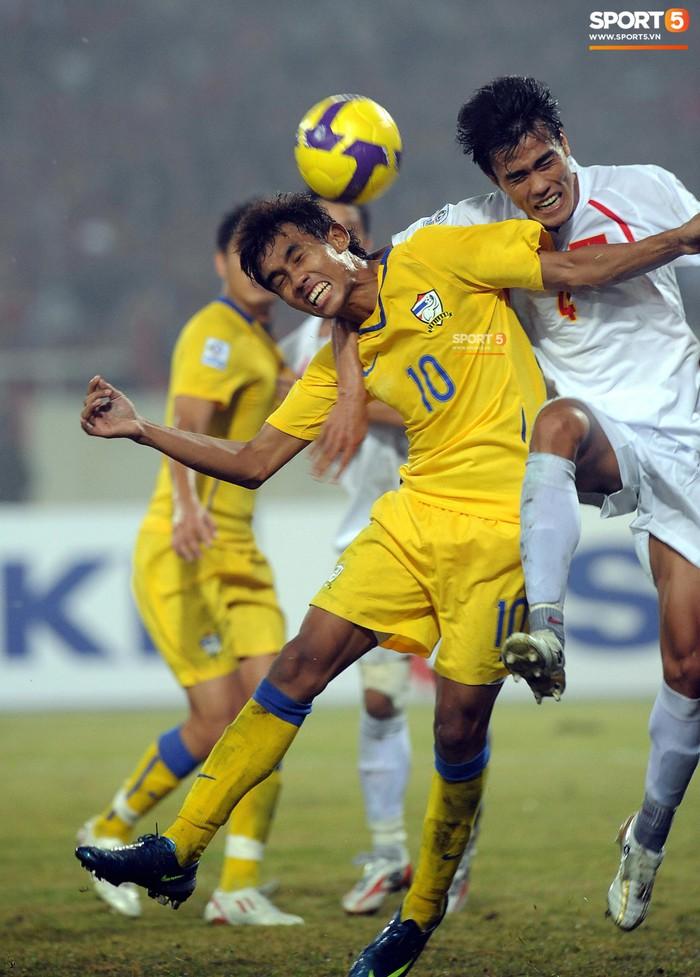 Nhìn lại những khoảnh khắc kỳ diệu trong ngày Việt Nam giành ngôi vương tại AFF Cup 2008 - Ảnh 5.