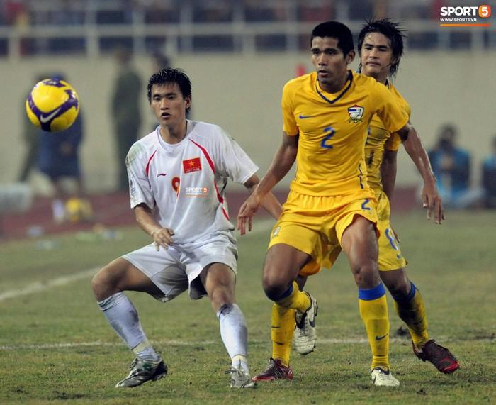 Nhìn lại những khoảnh khắc kỳ diệu trong ngày Việt Nam giành ngôi vương tại AFF Cup 2008 - Ảnh 6.