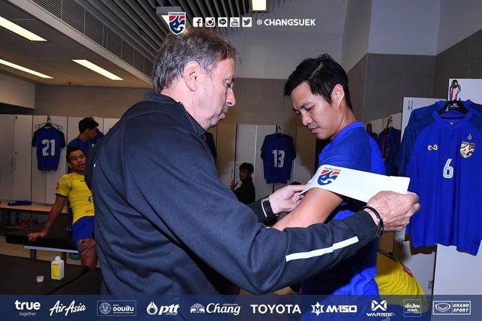 Quyết định như đánh bạc của ĐT Thái Lan: Chọn người chưa từng dự AFF Cup làm đội trưởng - Ảnh 1.