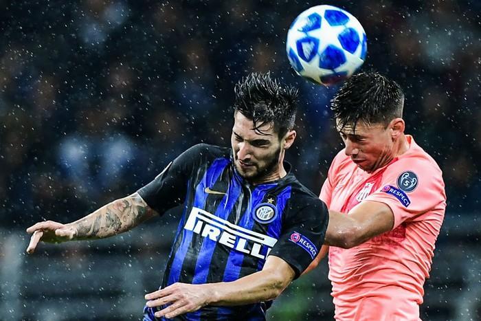 Hàng ăn cướp lập công, Barca không Messi vẫn mất điểm trên đất Italy - Ảnh 6.