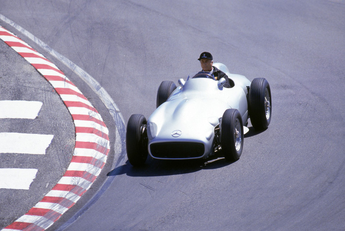 Michael Schumacher và những huyền thoại của đường đua F1 - Ảnh 2.