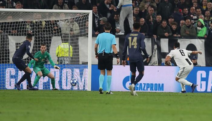 Ronaldo ghi bàn, Juventus vẫn ôm hận trước Man United vì hai bàn thua ở phút cuối - Ảnh 3.