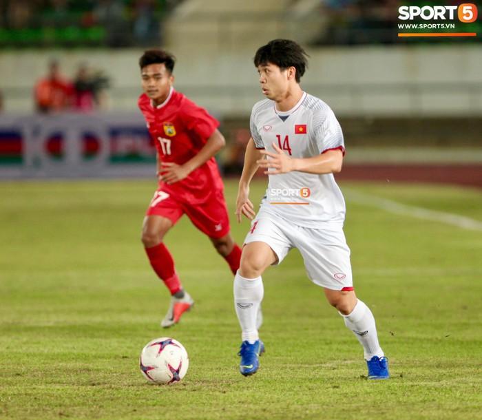 Cậu út của tuyển Việt Nam muốn tái hiện bàn tay của chúa trong trận mở màn AFF Cup 2018 - Ảnh 7.