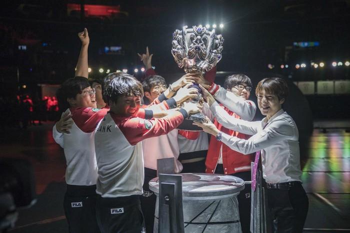 SK Telecom T1 đã sẵn sàng giành lại ngôi vương cùng dàn sao mới - Ảnh 10.