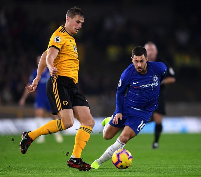 Thua ngược đội mới lên hạng, Chelsea bị bỏ xa trong cuộc đua vô địch - Ảnh 2.